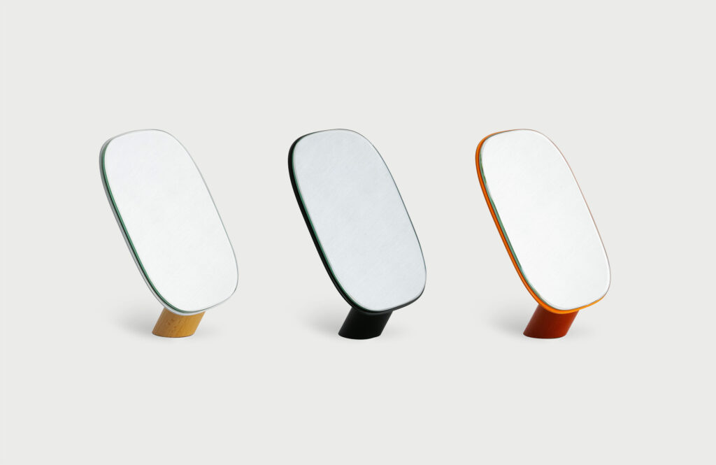 Stand by mirror | Works photo1